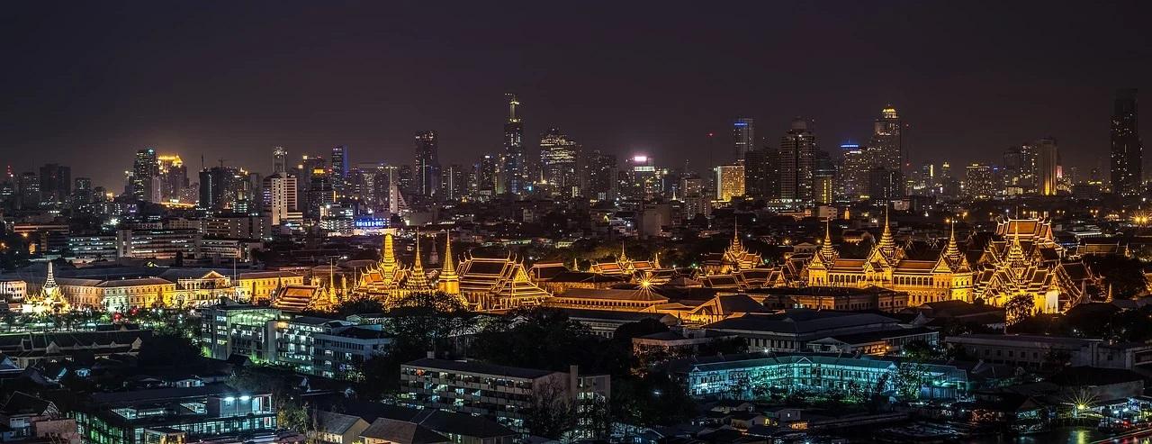 Thailanda interzice adunările în noaptea de Revelion