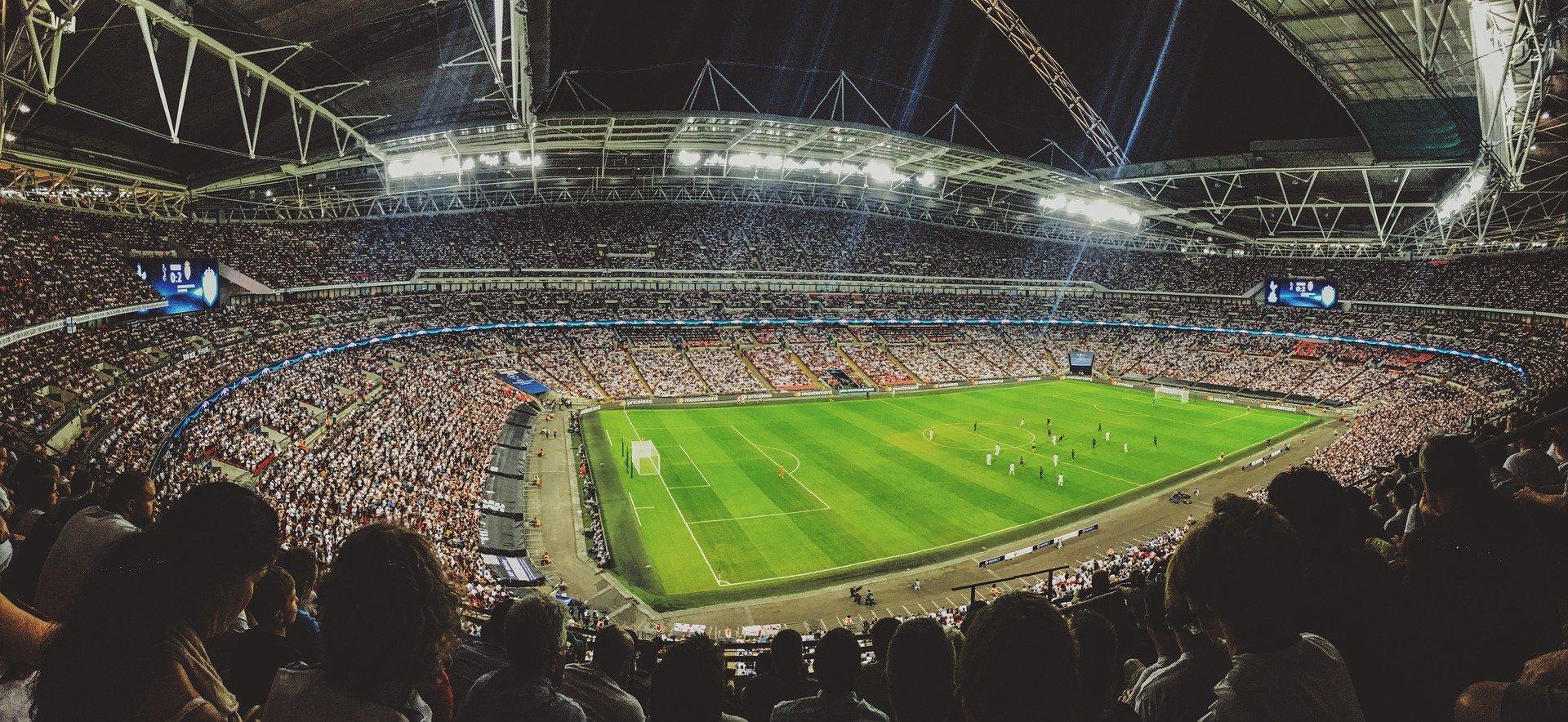 România joacă meciul cu Armenia cu spectatori