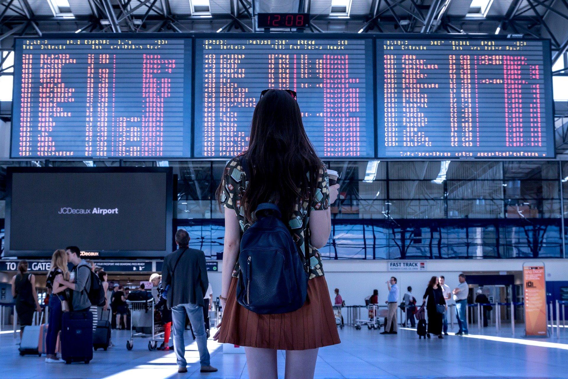 România a decis suspendarea zborurilor spre și dinspre Italia