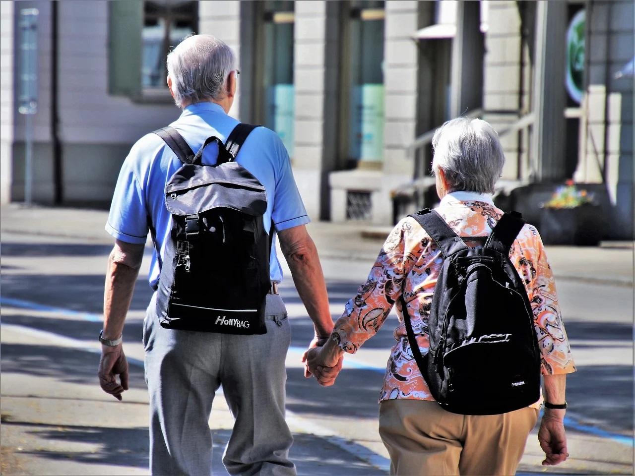 Mai mulţi seniori decât tineri și copii în Austria, de anul viitor