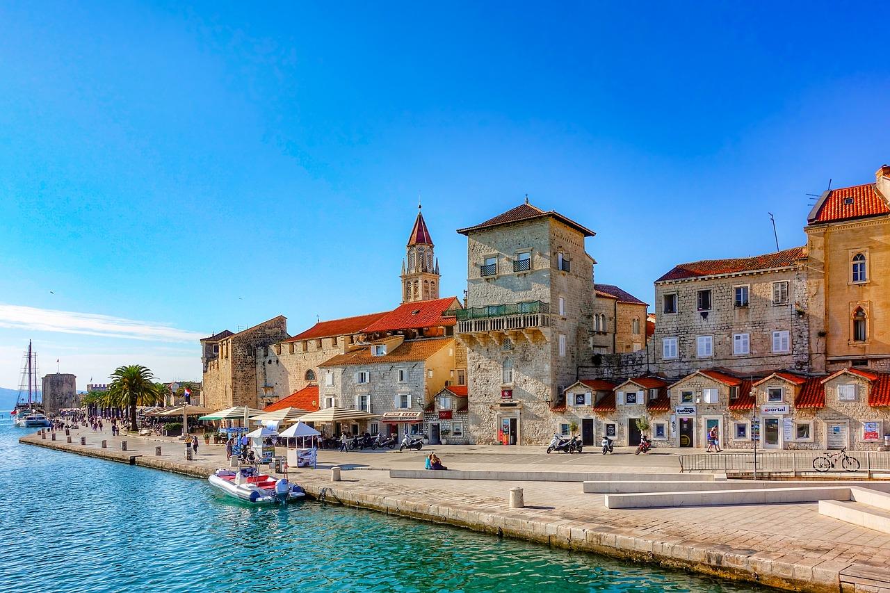 Croaţia va înăspri restricţiile