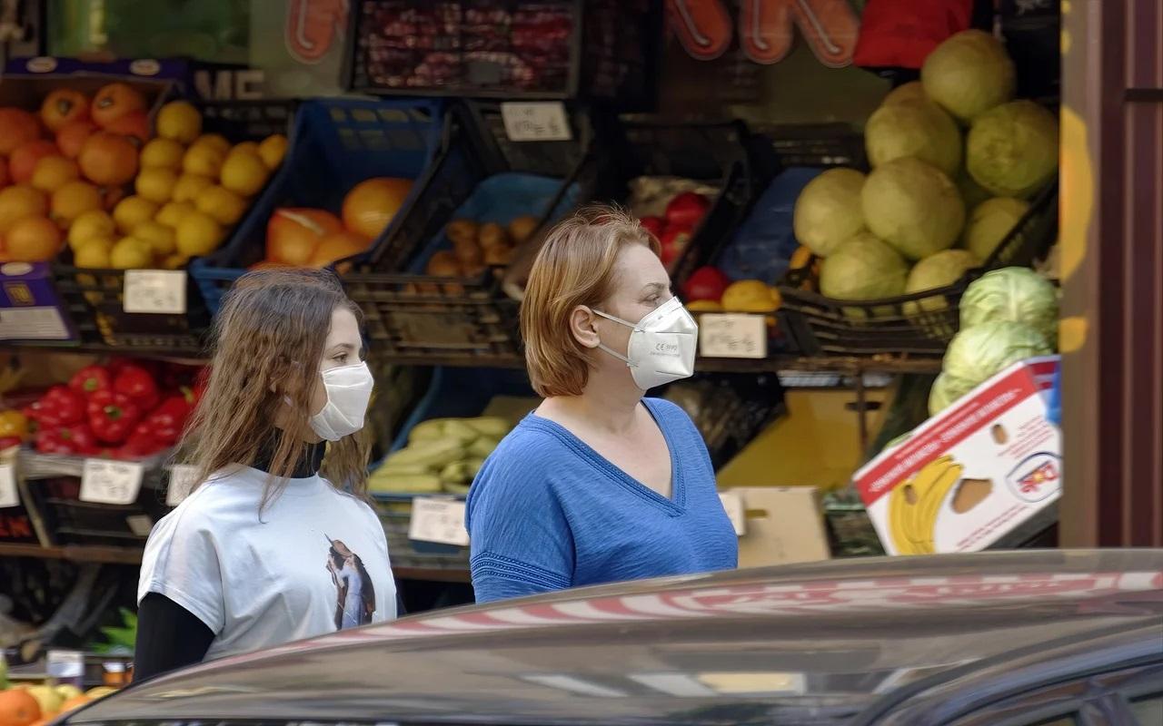 STUDIU: Aerosolii, vinovaţi de infectare în 75% din cazurile de COVID-19