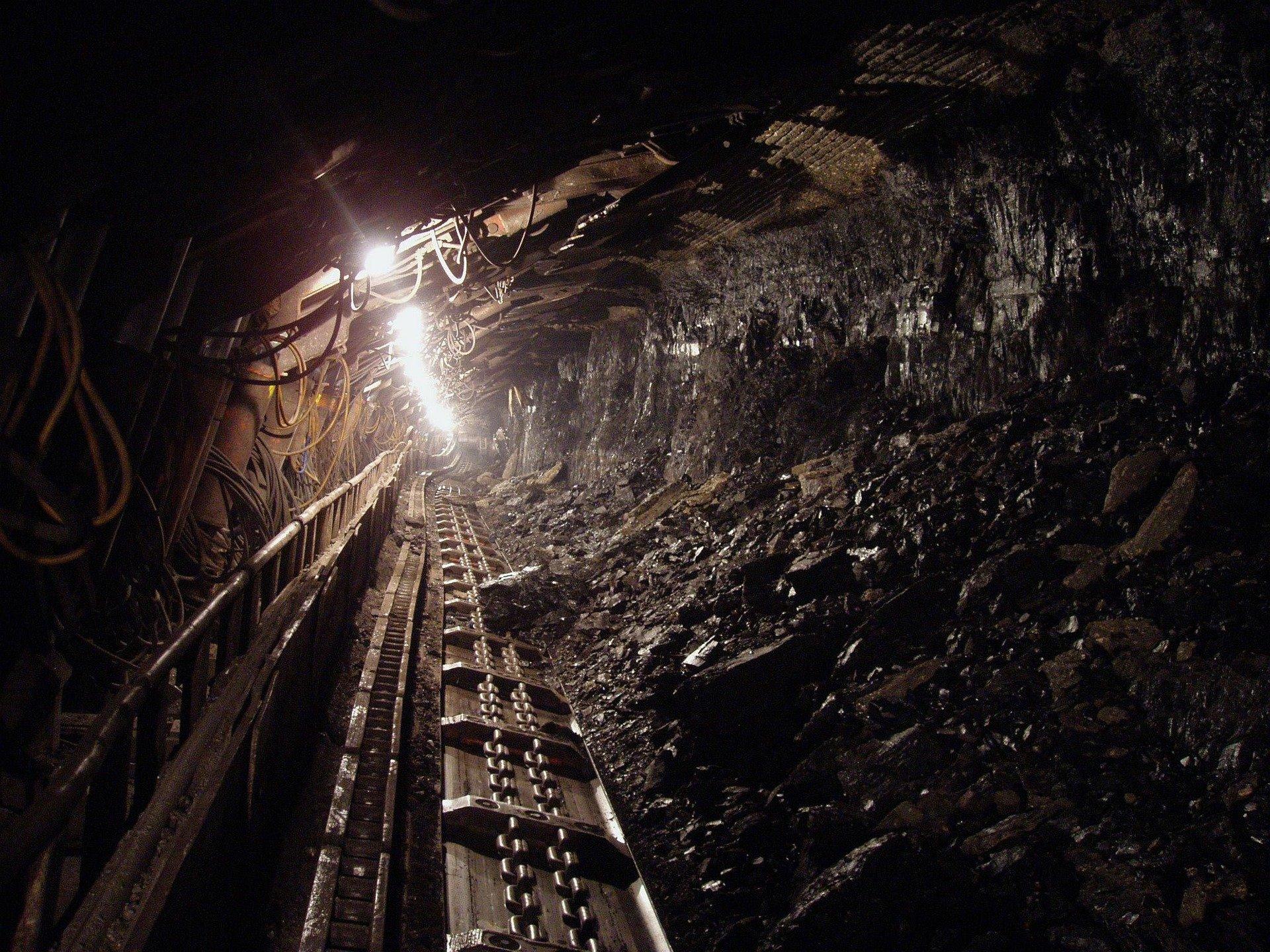 Cronica unei morţi anunţate: 15 ani de aduceri aminte de la tragedia din explozia minieră Anina