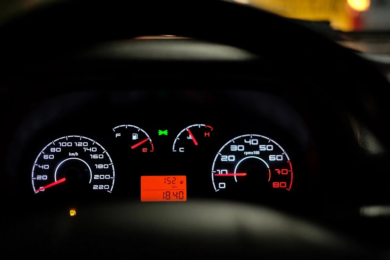 Noi reguli pentru șoferii români