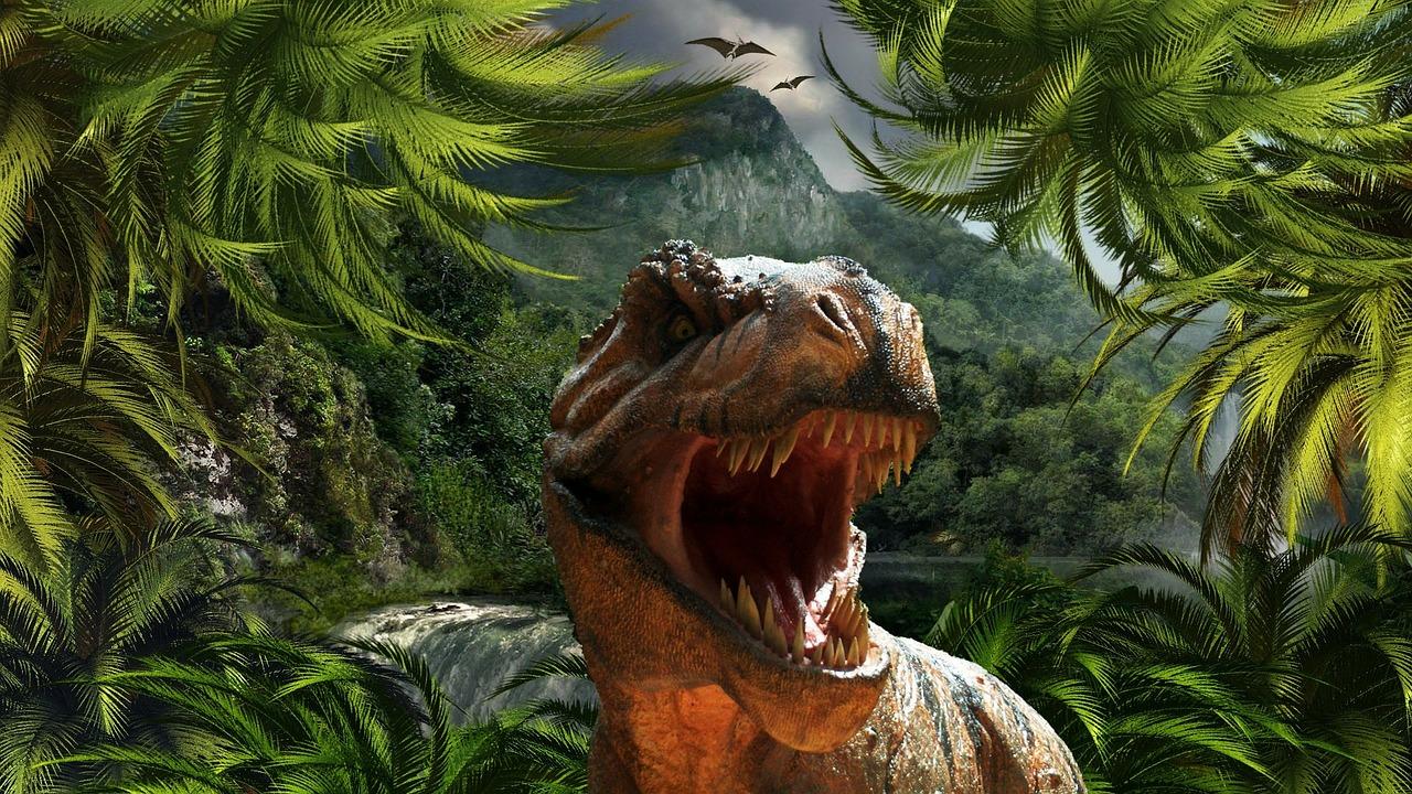 Un dinozaur de peste 11 metri înălțime, expus la Dino Parc Râșnov